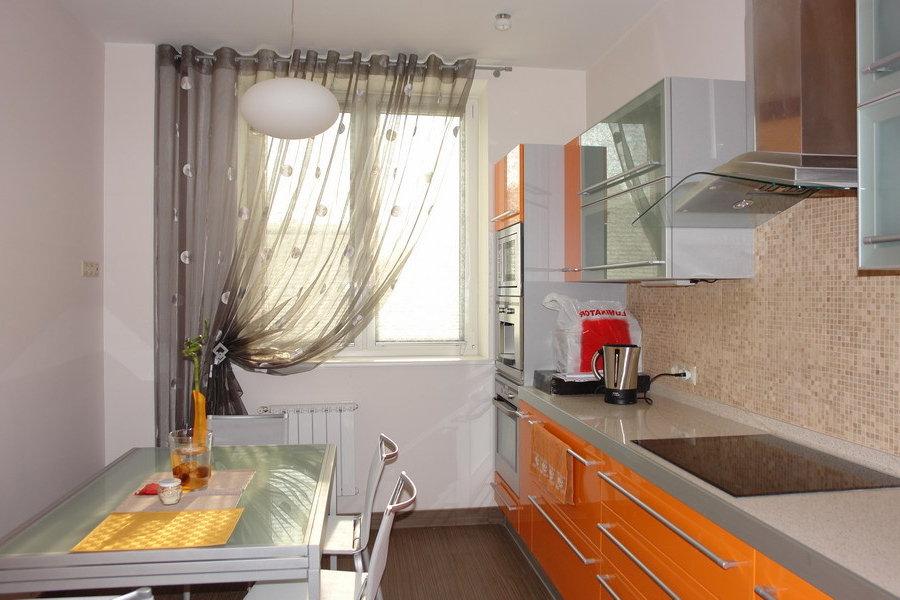 Как сделать узкую кухню функциональной 1