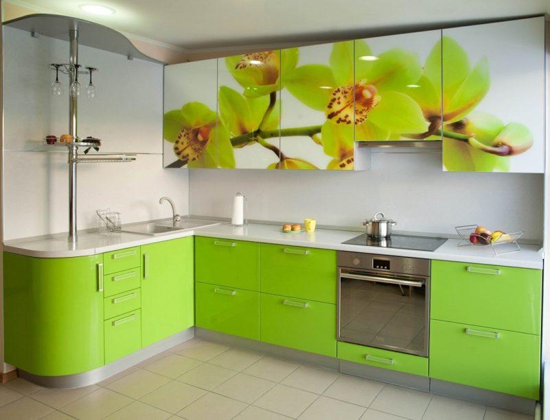 Стеклянная кухня 1
