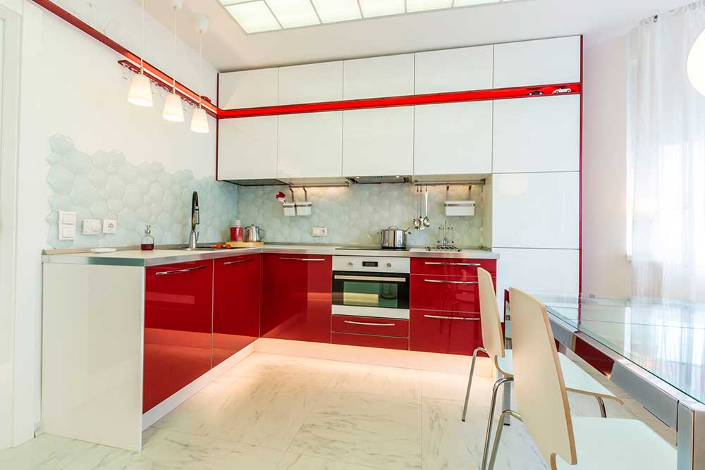 красные-кухни-1
