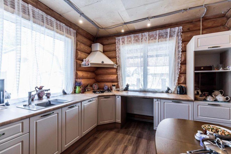 Кухни для частного дома, коттеджа под заказ